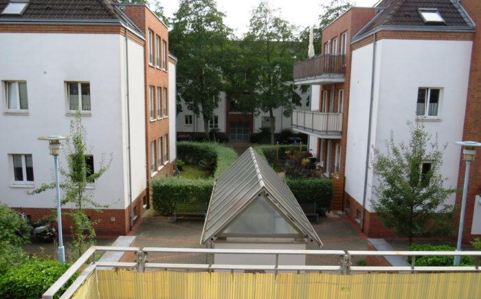Balkonaussicht auf Häuser